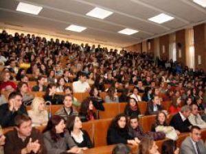 La start: Studenţii suceveni au început cursurile