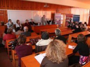 """Ceremonia de deschidere a noului an universitar la Universitatea """"Petre Andrei"""""""