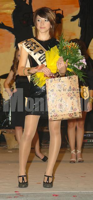 Miss popularitate Madalina Botusan