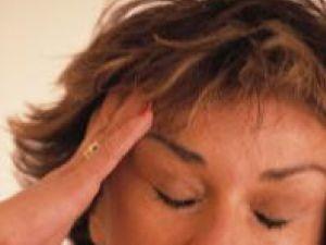 Persoanele care suferă de migrene cronice duc o viaţă foarte grea. Foto: ZEFA