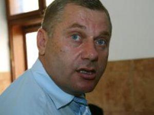 Dumitru Morhan urmează  să fie judecat pentru două infracţiuni de fals în înscrisuri sub semnătură privată şi două infracţiuni de tentativă la înşelăciune