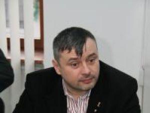 Cristalizare: Bălan afirmă că intenţia de vot este polarizată între Băsescu şi Geoană