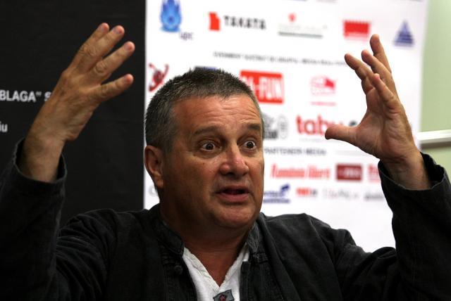 Mircea Dinescu: M-am simţit ca acei chiaburi pe care îi arătau comuniştii cu mâna. Foto: MEDIAFAX