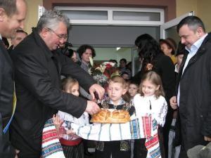 Primarul de Suceava, Ion Lungu, şi deputatul PD-L Ioan Bălan, prezenţi la inaugurare