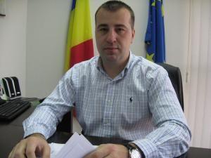 Riscuri: Viceprimarul Sucevei, Lucian Harşovschi, suspect de gripă nouă cu AH1N1