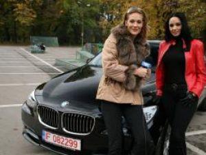 Andreea Marin Bănică îşi prezintă BMW-ul la
