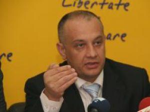 """Alexandru Băişanu: """"Aş vrea să-l întreb pe Gheorghe Flutur, dar şi pe toţi constănţenii, ce a făcut Traian Băsescu pentru Constanţa, judeţul în care s-a născut"""""""