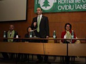 Candidatul Partidului Ecologist Român (PER) la Preşedinţia României, Ovidiu Iane, s-a întâlnit, ieri, cu câteva zeci de suceveni