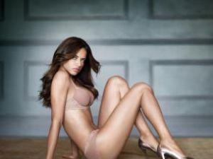 Adriana Lima a devenit mămică