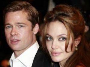 Angelina Jolie şi Brad Pitt au creat o colecţie de bijuterii de lux, în scopuri caritabile