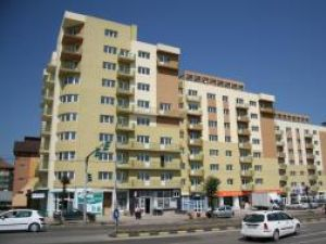 Proprietarii apartamentelor sunt nemulţumiţi că trebuie să mai scoată din buzunar şi alte sume de bani