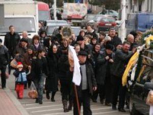 Sireteanul Dorin Muha a fost condus ieri pe ultimul drum de rude şi cunoscuţi