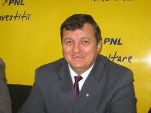 """Vasile Mocanu: """"Adio domnule Băsescu, îţi transmitem şi de aici, din Suceava"""""""