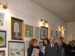 """Expoziţie de pictură şi dublă lansare de carte sub egida Asociaţiei Compania Teatrală """"Bucovina"""""""