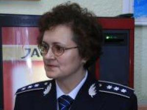 Comisarul şef Angela Irimia, şefa Serviciului Paşapoarte Suceava