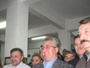 Democrat-liberalii suceveni consideră că cel care va reuşi să câştige turul al doilea al alegerilor prezidenţiale din România va fi Traian Băsescu