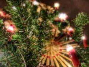 Tradiţii: Pomul de Crăciun