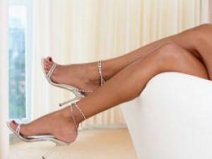 Picioarele reflectă cel mai bine limbajul corpului. Foto: CORBIS