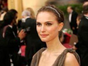 Natalie Portman omoară monştri în