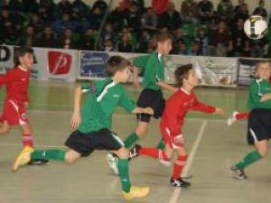 Municipiul Suceava va găzdui cea de-a treia ediţie a Cupei Moş Crăciun la minifotbal