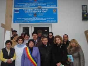 La Gulia-Dolhasca a fost inaugurat un centru medical pentru romi