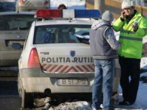 Unii şoferi ies pe străzi fără a avea echipamentele obligatorii pentru deplasarea pe timp de iarnă