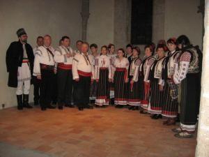 Grupul folcloric Datini de suflet din Bogdăneşti