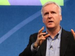 James Cameron a primit o stea pe Hollywood Walk of Fame