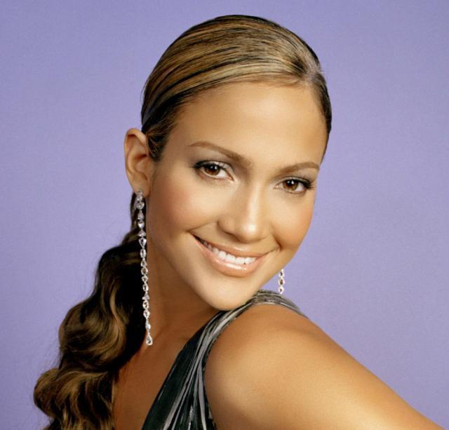 Jennifer Lopez, în rolul unei tinere mămici, într-o nouă comedie romantică