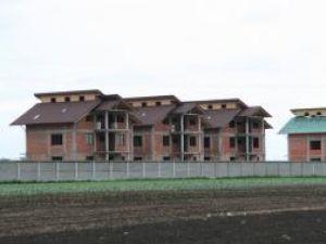 Creşterea numărului de case noi se poate vedea cu ochiul liber de ani de zile în judeţul Suceava