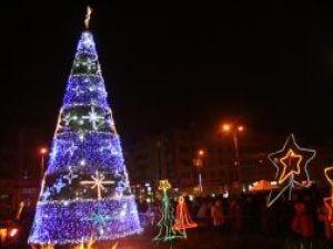Mii de suceveni sunt aşteptaţi să sărbătorească Revelionul în aer liber