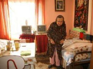 Cei mai mulţi dintre internaţi în căminele de bătrâni sucevene sunt vizitaţi foarte rar de familie