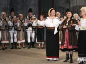 Invitate speciale: Margareta Clipa, Vasilica Tătaru Năstase şi Laura Haidău