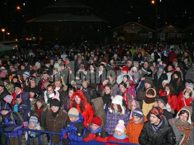Spectatori la Serbările Zăpezii