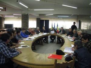 Ion Lungu le-a cerut directorilor TMUCB să suplimenteze forţele de lucru cu o sută de muncitori aduşi din ţară