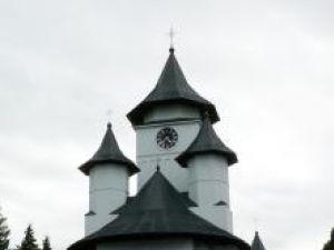 """Biserica """"Adormirea Maicii Domnului"""" din Fălticeni a fost ridicată în prima jumătate a secolului al XIX-lea"""