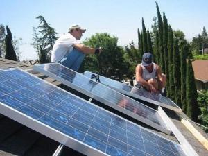 """Judeţul Suceava va beneficia de o finanţare de 3,49 de milioane de lei prin programului de instalare a sistemelor de încălzire care utilizează energie regenerabilă, intitulat """"Casa Verde"""""""