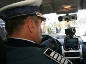 2.500 de şoferi au fost sancţionaţi, luna trecută, pentru depăşirea limitelor legale de viteză
