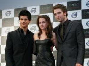Taylor Lautner, Kristen Stewart şi Robert Pattinson. Foto: Contactmusic