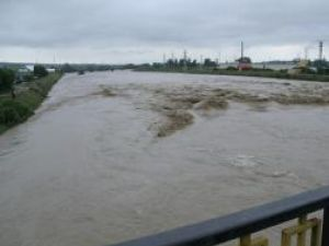 Hidrologii susţin că vor fi creşteri de debitele