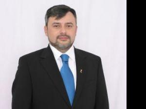 """Ioan Bălan: """"Cred că e o mare diferenţă între volanul şi bordul unei Dacii şi managementul unui aeroport"""""""