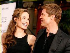 Angelina Jolie şi Brad Pitt au obţinut scuze şi daune financiare din partea unui tabloid britanic