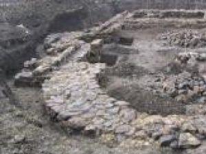 Fundaţiile vechii biserici din Volovăţ