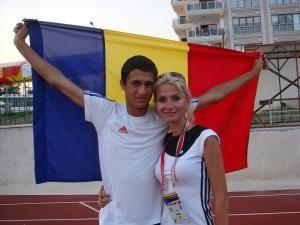 Bogdan Macovei, alături de antrenoarea sa, Erzilia Ţâmpău
