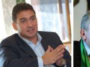 Singura întrebare este cât vor rezista Ilie Dumitrescu (stânga) şi Duckadam în noile funcţii