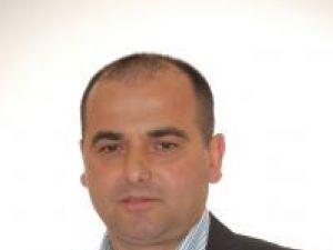 Primarul din Dărmăneşti, Dan Chidoveţ