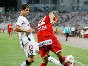 Dinamo şi Rapid au oferit un meci spectaculos cu răsturnări de scor şi goluri multe