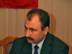Sorin Popescu a precizat că din materialele de construcţie achiziţionate de Ministerul Dezvoltării vor fi reconstruite 138 de case şi vor fi reparate alte 1.172