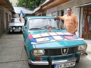 Dănuţ Crainiciuc şi Dacia 1300 cu numarul SV-90-UAP din 1969, modelul cu numarul 90 din istoria marcii