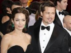 Angelina Jolie şi Brad Pitt Foto: contactmusic.com